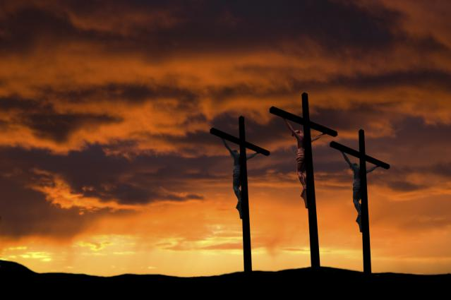 Crucifixion-3-Crosses